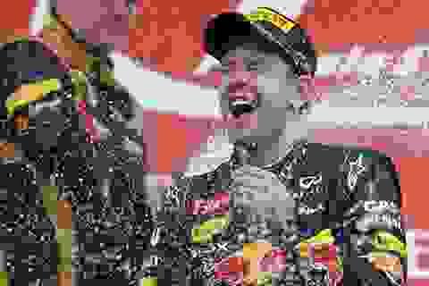 Vettel sáng ngang cùng Micheal Schumacher
