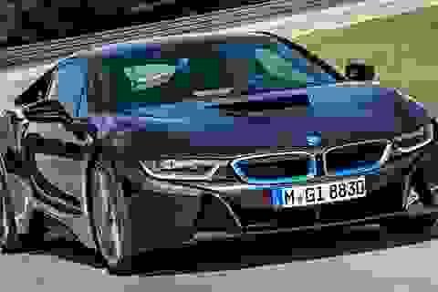 Hãng BMW bán hết lượng xe i8 dành cho năm 2014