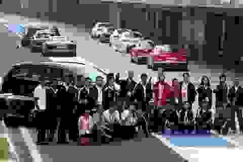 Khách hàng Audi Việt Nam trải nghiệm lái xe tại trường đua F1