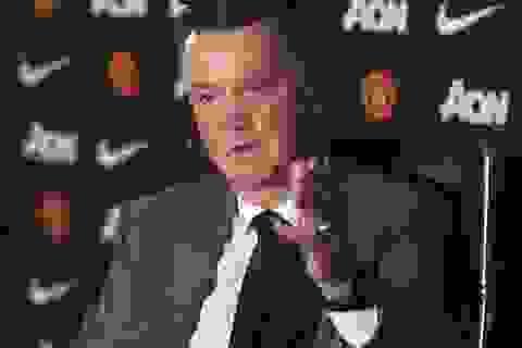 """Van Gaal chưa tìm ra """"công thức chiến thắng"""" cho MU"""