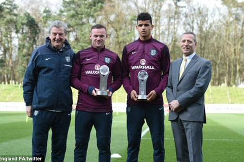 Wayne Rooney nhận giải xuất sắc nhất nước Anh