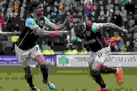 Xác định CLB đầu tiên xuống hạng ở Premier League