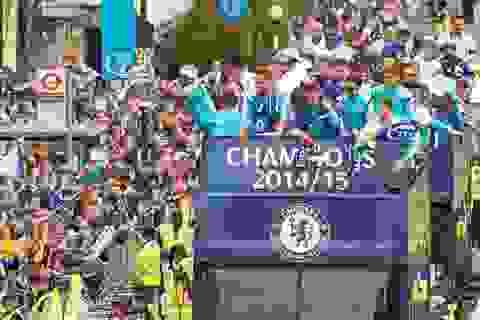 Chelsea tưng bừng diễu hành xe bus ăn mừng chức vô địch