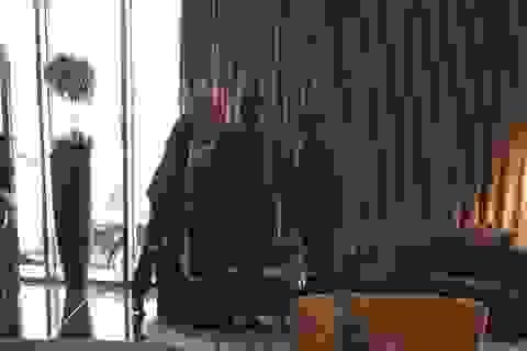 Sếp MU bí mật gặp gỡ Mourinho và đại diện của Cech