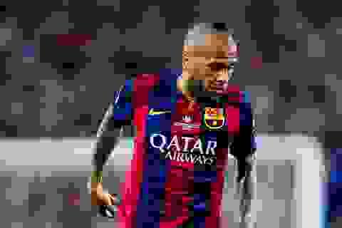 Daniel Alves chính thức ở lại Barcelona