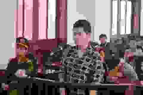 8 năm tù cho nam ca sĩ hát rong vì đâm chết bạn diễn