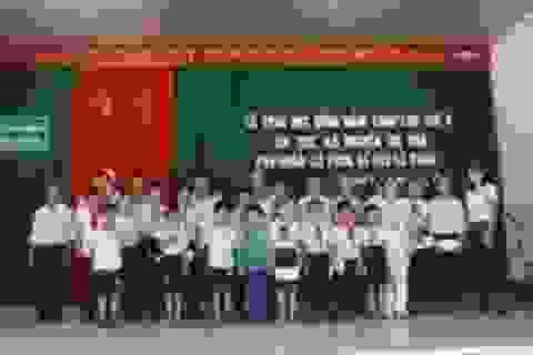 Quảng Trị: Trao 20 suất học bổng đến học sinh nghèo hiếu học