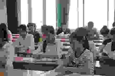 Nghiêm cấm làm bài thi bằng hai thứ mực
