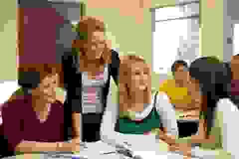 Nhiều giáo viên ngoại ngữ vẫn dạy bằng tiếng mẹ đẻ