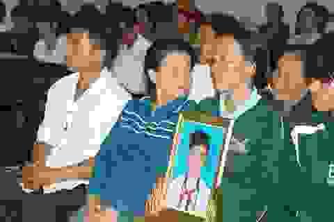 Nam thiếu niên chết sau khi làm việc với công an xã