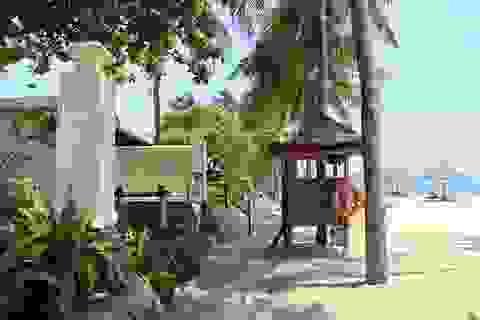 """Chủ khách sạn """"cát cứ"""" bãi biển Nha Trang tuyên bố """"có quyền riêng""""!"""