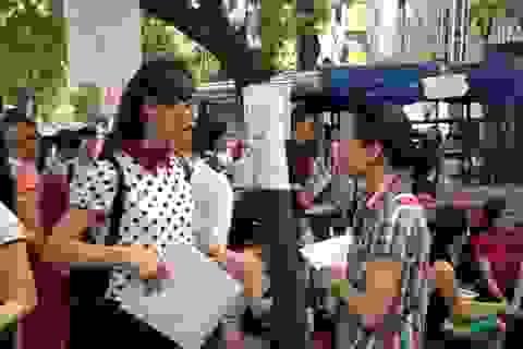 Hai đối tượng được miễn thi ở kì thi tuyển công chức Hà Nội 2015