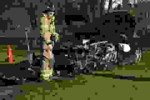 Tay lái 18 tuổi đâm hỏng siêu xe Ferrari 458 Italia