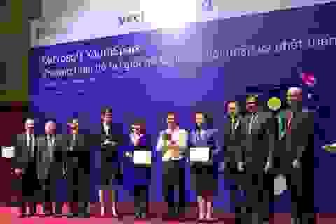 Microsoft công bố đầu tư 3 triệu USD cho giới trẻ Việt Nam
