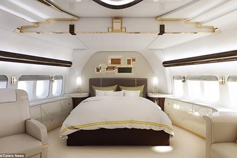 """""""Choáng ngợp"""" trước dinh cơ nghìn tỷ trên máy bay Boeing 747"""