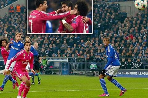Schalke 0-2 Real Madrid: C.Ronaldo rực sáng