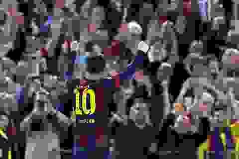 Lập cú đúp, Messi vượt mặt C.Ronaldo