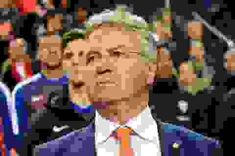 Guus Hiddink từ chức HLV đội tuyển Hà Lan