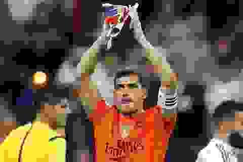 Vụ thanh lý Casillas của Real Madrid bất ngờ đổ bể phút cuối