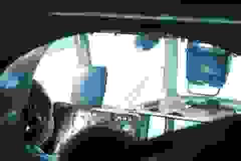 """3 giờ trên trực thăng """"căng mắt"""" tìm kiếm máy bay mất tích"""