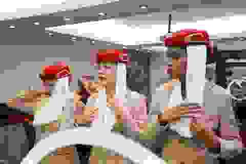 """Mục sở thị """"lò luyện"""" tiếp viên của hãng hàng không Emirates"""
