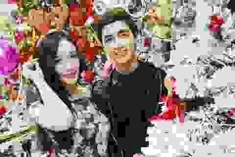 Phố Hà thành trang hoàng đón Giáng sinh, bạn trẻ thích thú