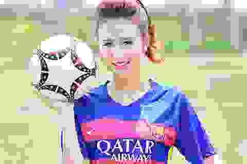 Fan nữ xinh xắn tung bộ ảnh mừng Barca vô địch Champions League