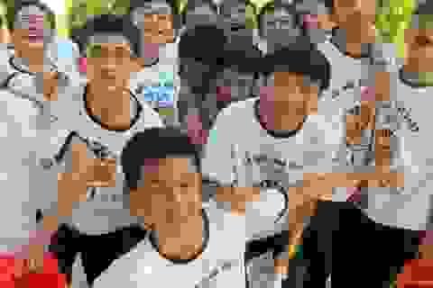 Thêm hai học sinh trường Phan Bội Châu dự thi Olympic Châu Á và Quốc tế