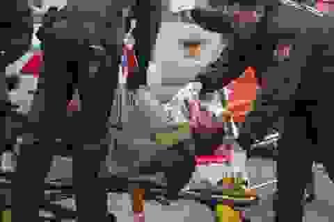 Mỹ: 2 cảnh sát New York bị bắn chết trong xe tuần tra
