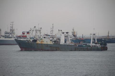 Hàn Quốc vẫn bặt tin 52 thuyền viên mất tích theo tàu đắm