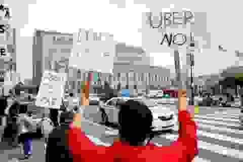 Taxi Uber lận đận tìm chỗ đứng trên thế giới