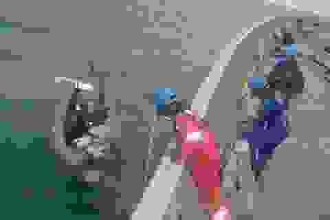 Thời tiết thuận lợi, thợ lặn sẽ tiếp cận xác máy bay AirAsia