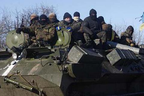 Quân đội rút lui, Tổng thống Ukraine cầu viện LHQ điều quân