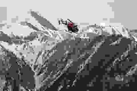 Máy bay gặp nạn chở 16 học sinh trung học
