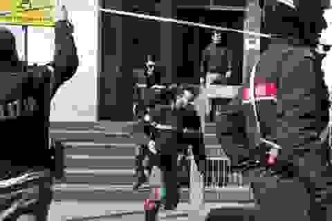 Bị cáo xả súng giữa tòa án ở Milan, 4 người thiệt mạng