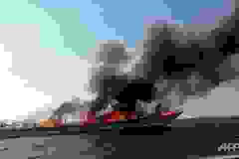 Cháy phà du lịch tới Phuket, hơn 100 người may mắn thoát chết