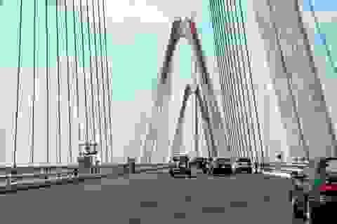 Đi qua cầu dây văng lớn nhất Việt Nam như thế nào?