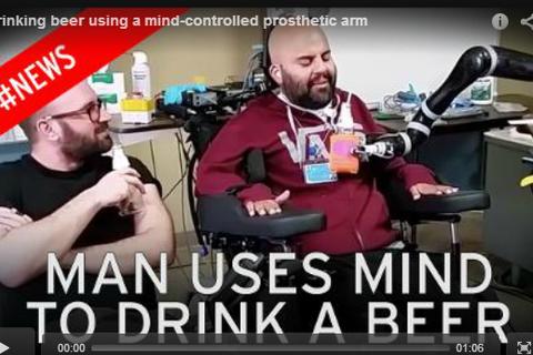 Điều khiển robot bằng ý nghĩ