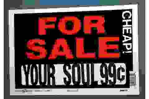 Những món hàng kỳ quặc nhất từng được bán đấu giá