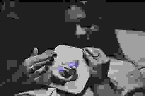 """Cảm động người mẹ mù được """"nhìn thấy con"""" từ bào thai nhờ công nghệ 3D"""