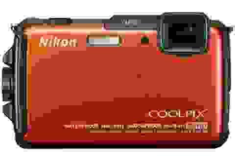 """Nikon ra mắt bộ đôi máy ảnh du lịch """"nồi đồng cối đá"""""""