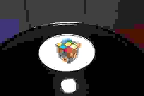 Clip hiệu ứng 3D tuyệt đẹp tạo nên từ sự phản chiếu ánh sáng