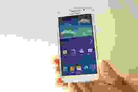 Smartphone màn hình lớn tấn công phân khúc tầm trung