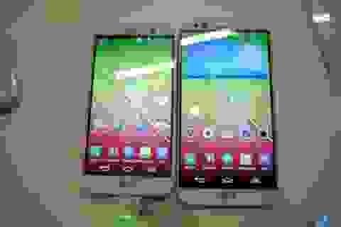 """Cận cảnh phiên bản thu nhỏ của smartphone """"bom tấn"""" LG G2"""