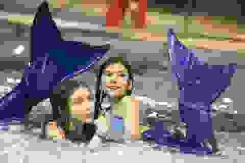 """Trường dạy bơi theo kiểu """"nàng tiên cá"""""""