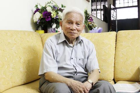 GS. Hoàng Tụy: 'Xét toàn diện, học sinh Việt còn thua xa'