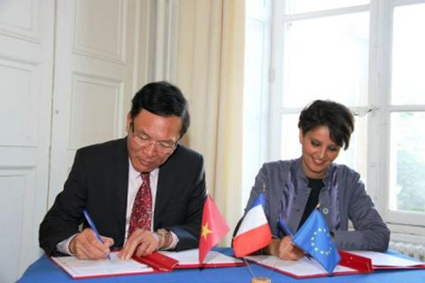 Việt Nam và Pháp sẽ công nhận bằng cấp của nhau
