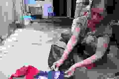 Người dân hoang mang vì phát hiện áo ngực Trung Quốc có vật lạ