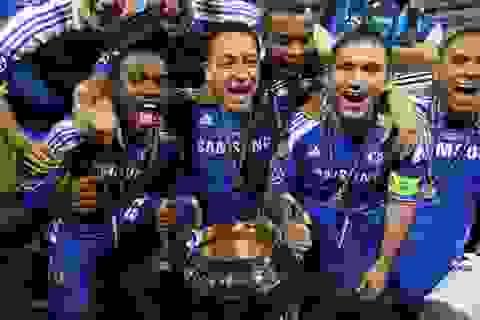 """Chelsea """"không thèm"""" luyện sút penalty"""