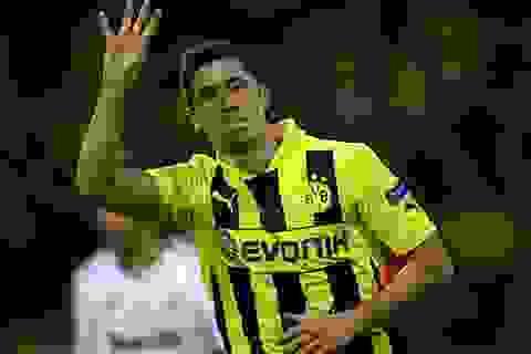 """Lewandowski: Từ """"cậu ấm"""" còi xương đến người hùng Champions League"""